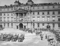 Queen Victoria Jubilee's procession in front of Buckingham Palace